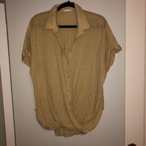 NORDSTROM ✨ twist button up blouse